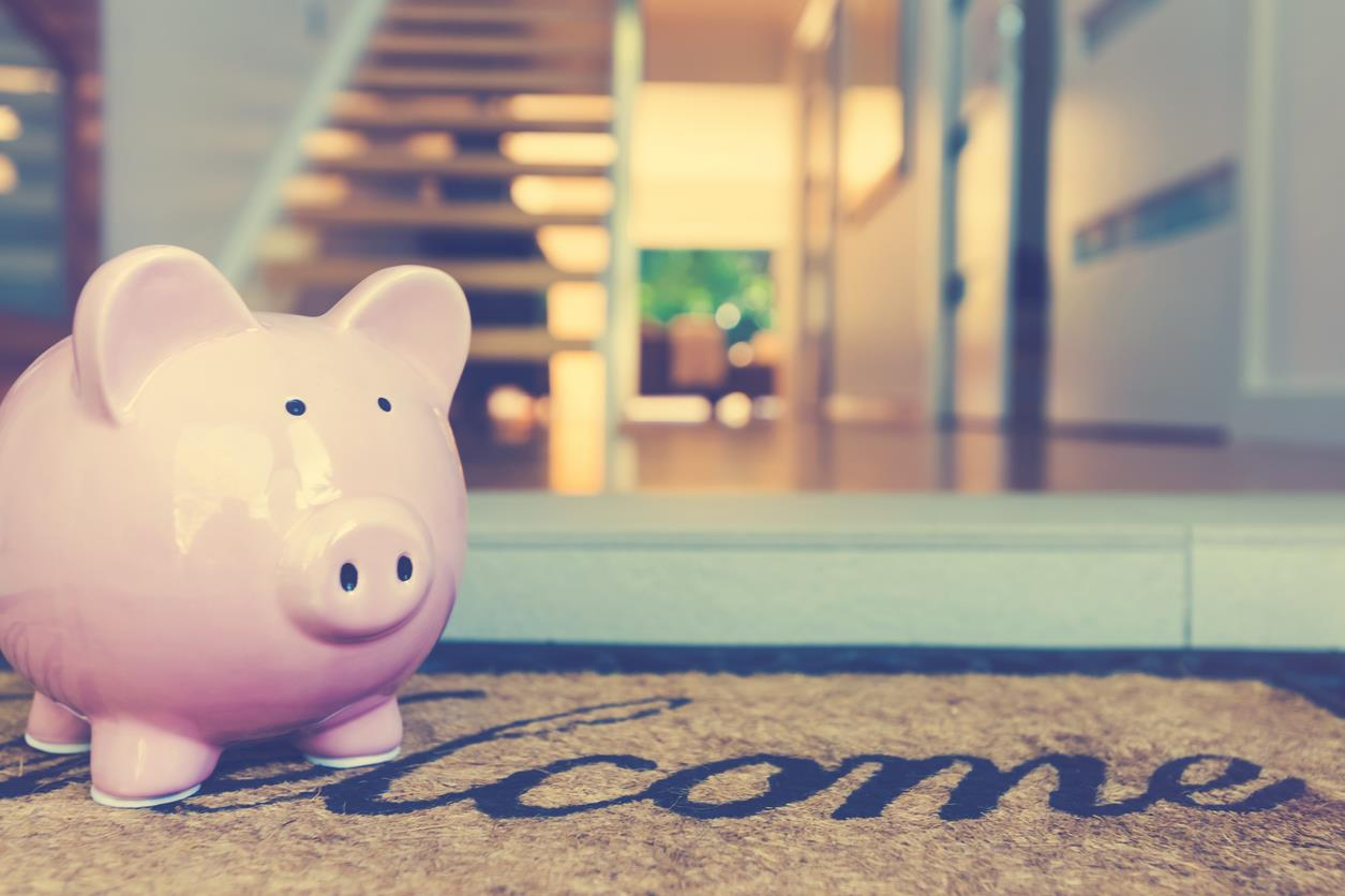 Planning on Buying A House? - Here's Our Top Budgeting Tips