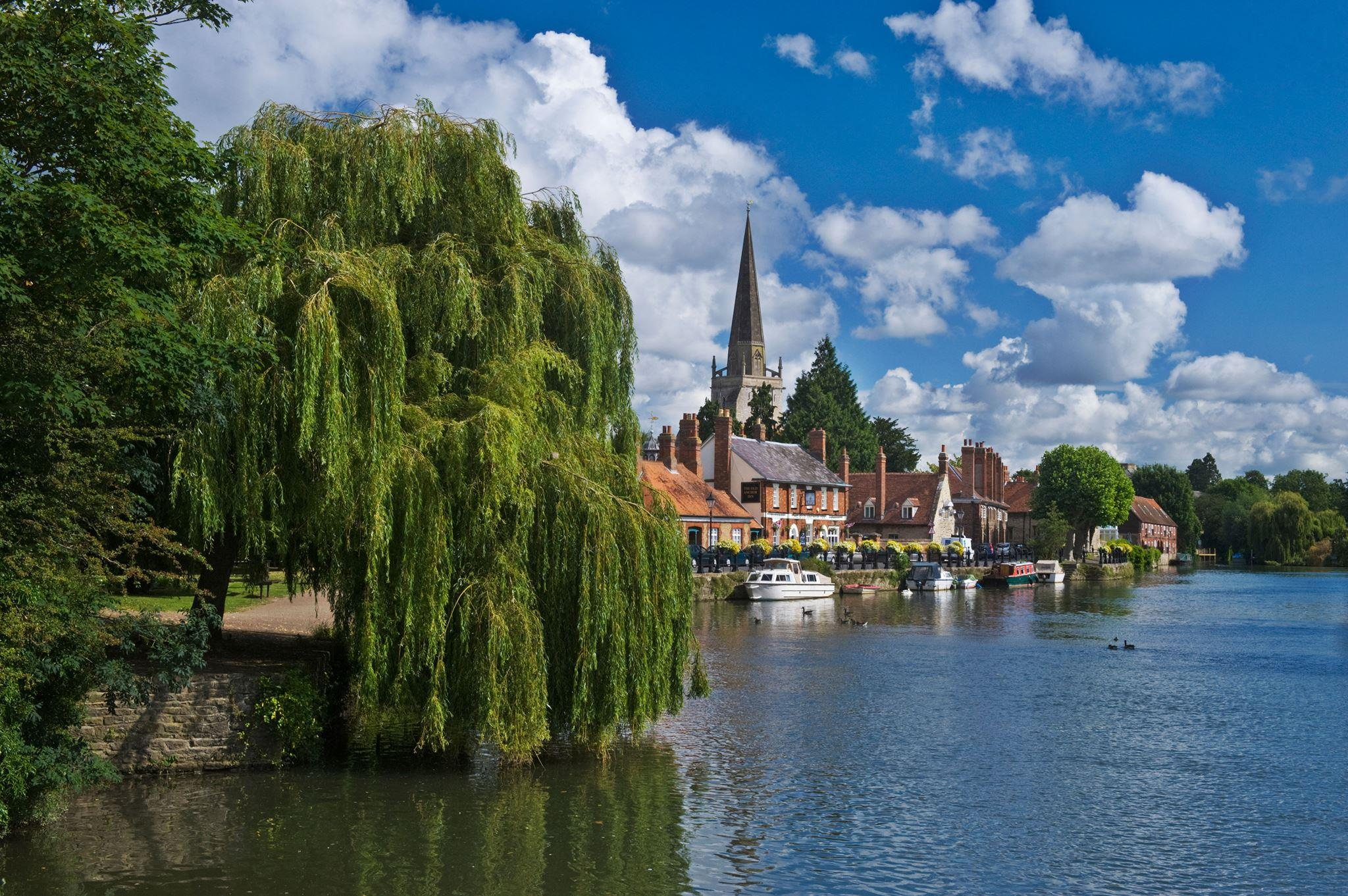 Abingdon Oxfordshire - Simpsons of Abingdon.jpg